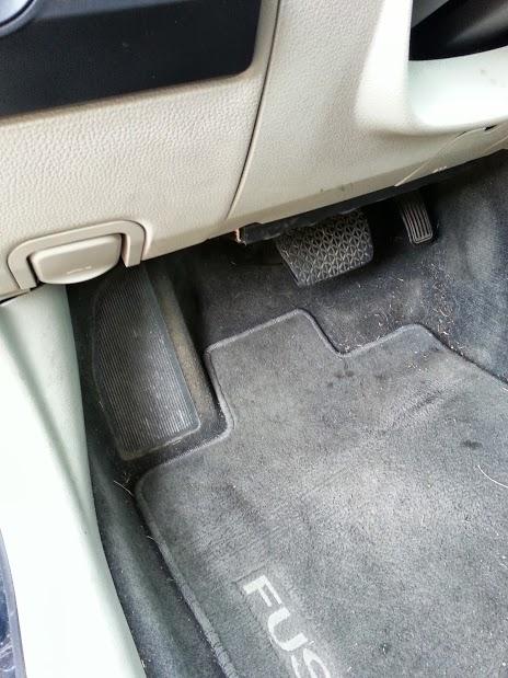 2010    Ford       Fusion    Interior    Fuse    Panel   Psoriasisguru